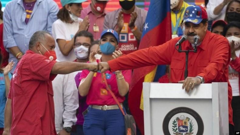 حزب تحت رهبری مادورو در انتخابات پارلمانی ونزوئلا پیروز شد
