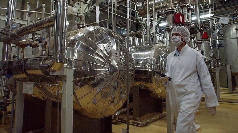 تروئیکای اروپایی: غنی سازی ۲۰ درصدی در ایران تهدید مهم علیه جلوگیری از گسترش سلاح هستهای است