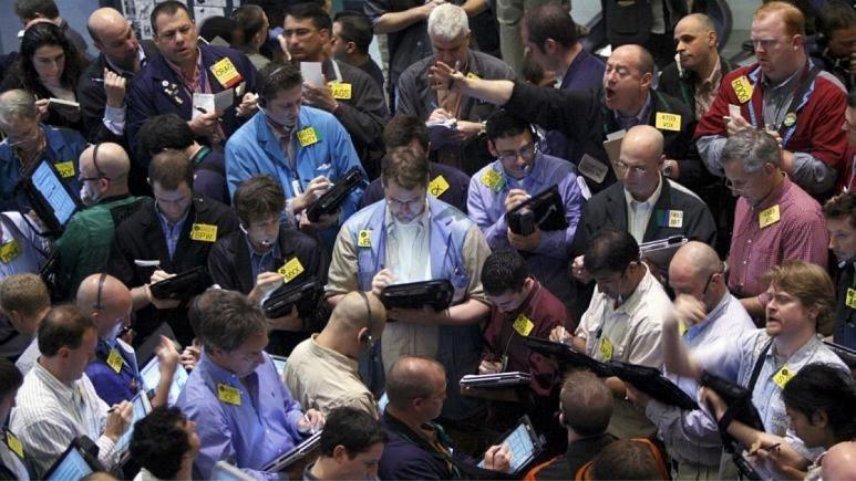 نتیجه «نه» بایدن؛ افزایش قیمت نفت و گرانی ۵۰۰ تومانی دلار